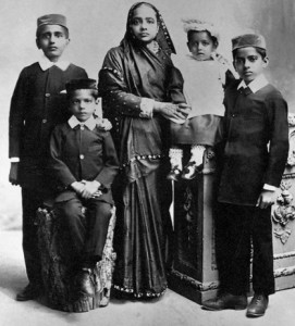 Kasturba and her four sons wiki commons